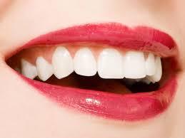 Liệu trình làm trắng răng với bột làm trắng răng Fobe Smile